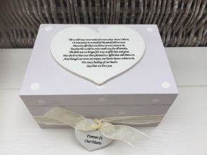 Shabby Personalised Chic In Memory Of A Loved One ~ Any Name ~ Memory Box ~ - 253132317151